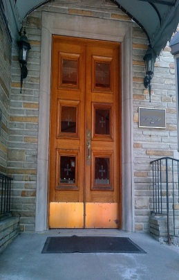 FRONT DOORS stretch